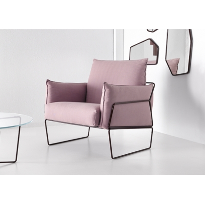 Gema upholstered armchair
